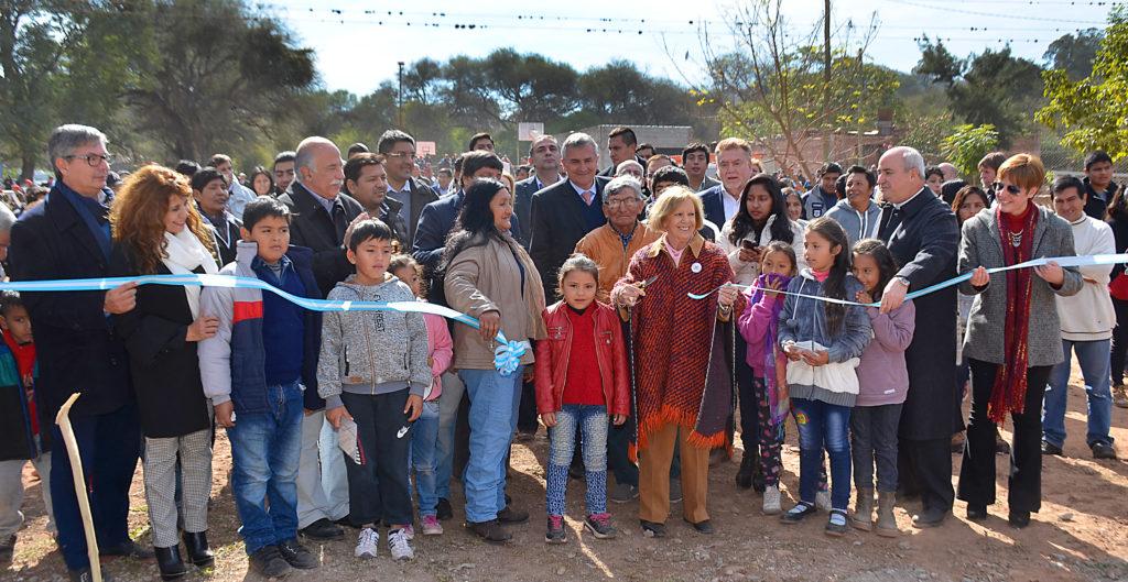 El Gobernador Gerardo Morales participó de la entrega de viviendas en Puesto Viejo