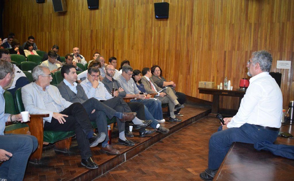 Durante la reunión se trabajaron temas inherentes al funcionamiento de los hospitales