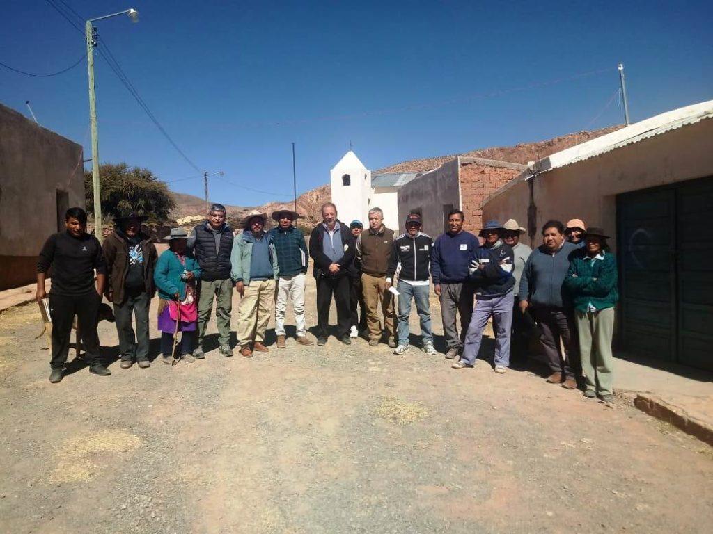 El equipo de la Secretaría de Energía fue acompañado a las reuniones con la ciudadanía por los diputados provincial Alfredo Tinte y Osvaldo Cuellar.